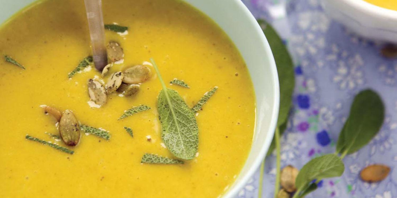 Coconut Curry Pumpkin Carrot Soup